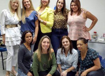 ALUNAS DE PÓS-GRADUAÇÃO EM PSICOONCOLOGIA, EM JUNHO DE 2015